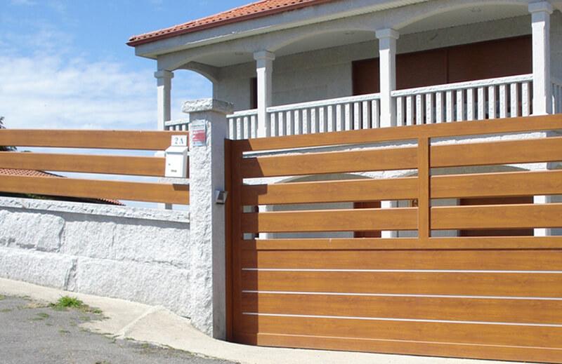 Puertas y vallas de aluminio