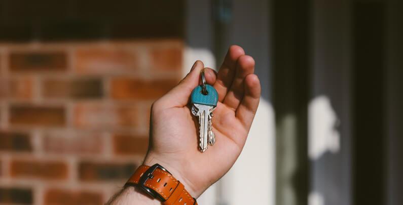 Tenemos el portón de seguridad que necesitas para tu hogar